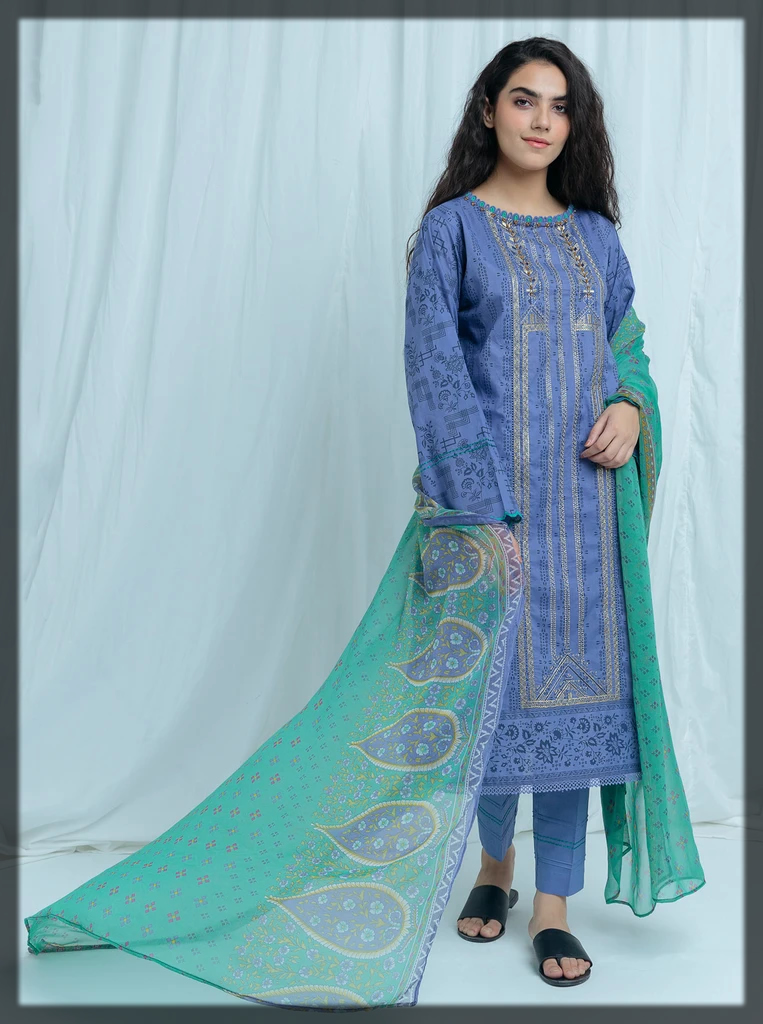 dazzling blue summer lawn suit