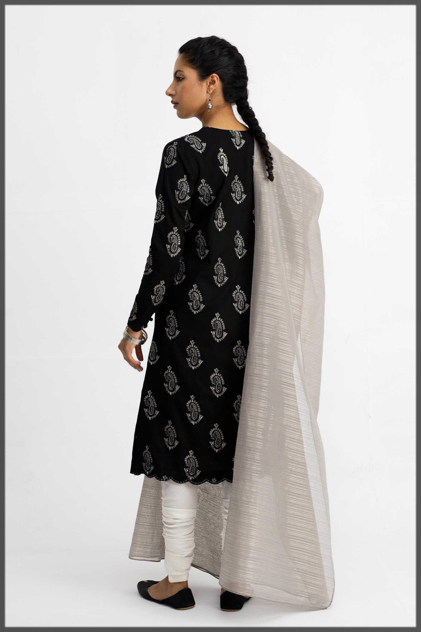 essential black and white eid dress