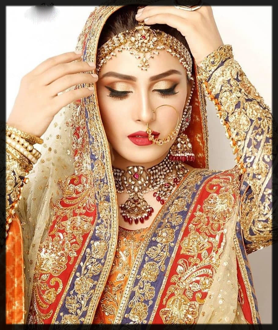 graceful head jewelry for brides
