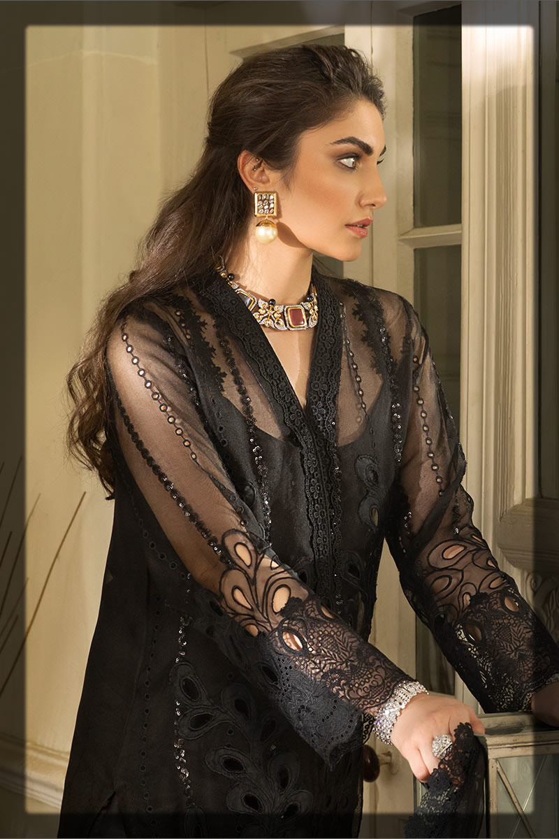 glamorous black outfit for eid