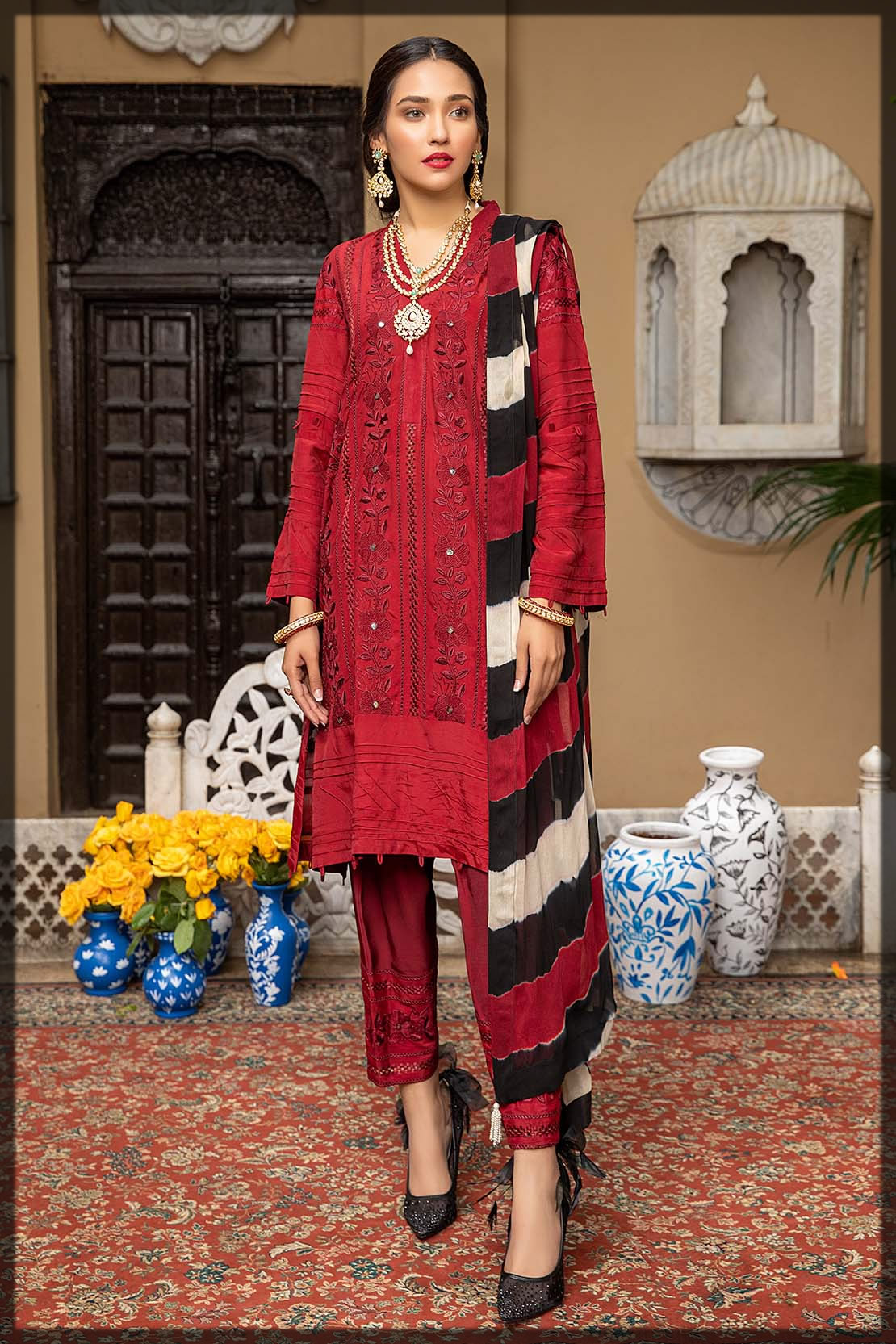 red grip embroidered suit