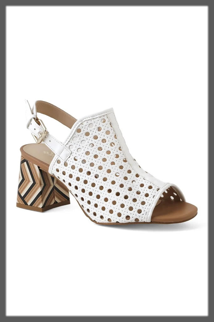 white casual sandals for teens