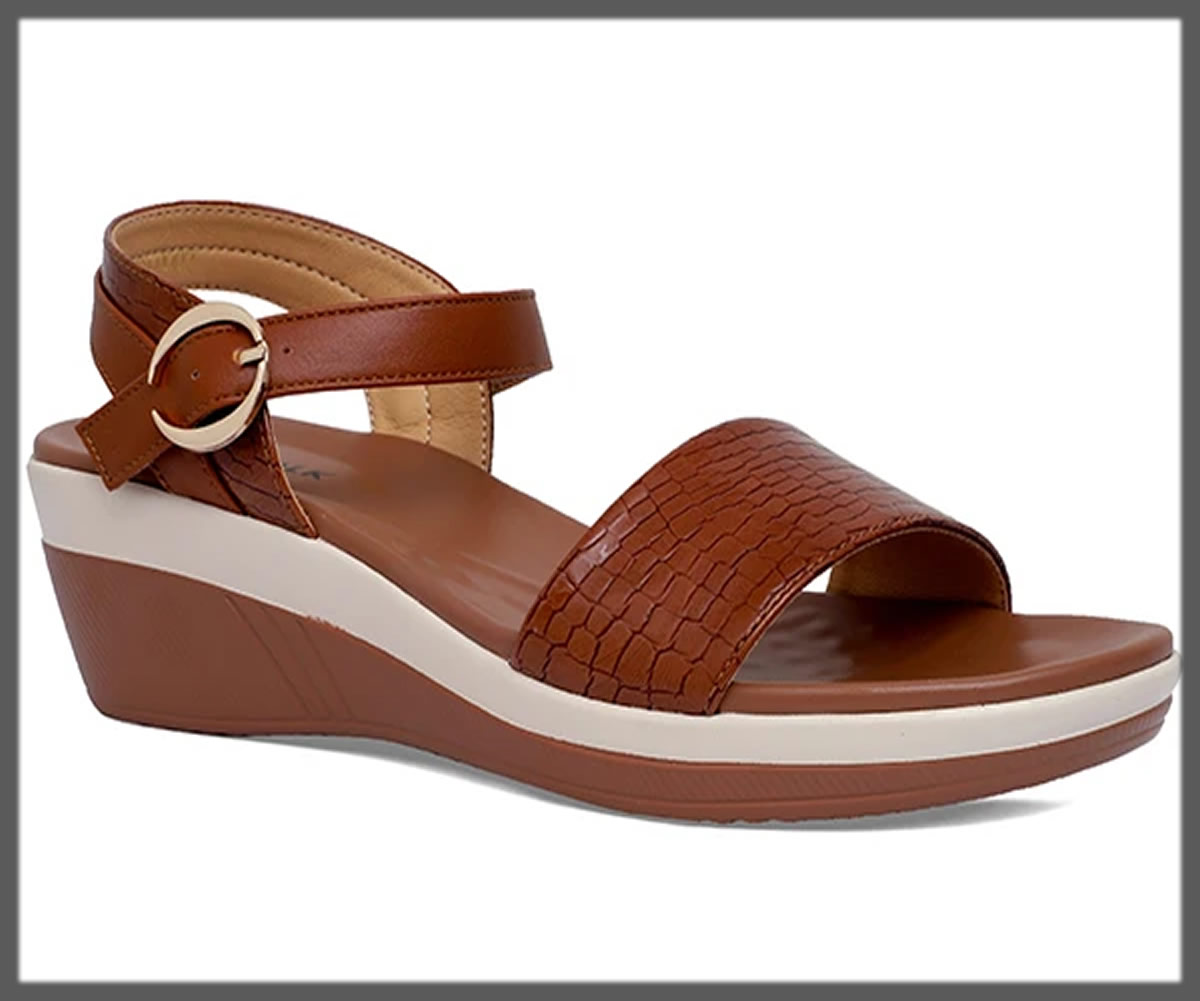 wood brown sandals for women