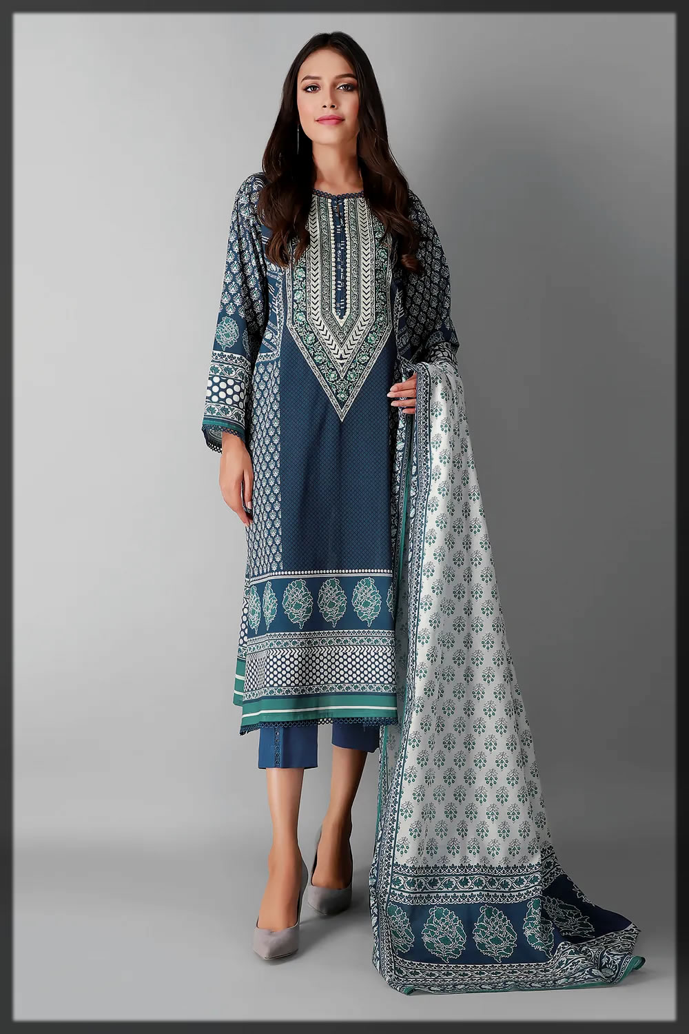 classical printed suit for eid ul adha