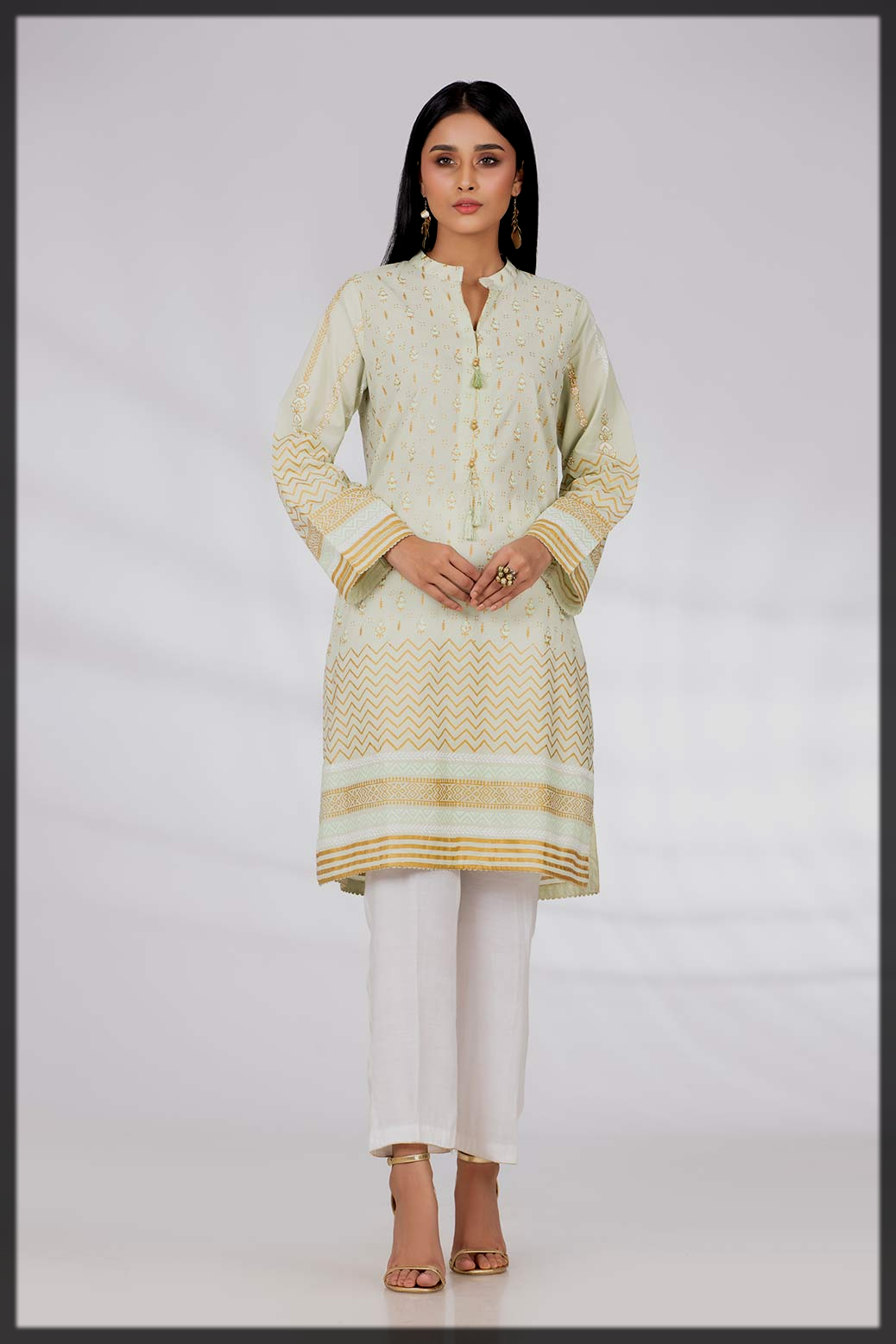 Gul Ahmed winter collection for modern girls